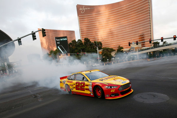3-5 December, 2014, Las Vegas, Nevada USA Joey Logano burnout ©2014, Michael L. Levitt LAT Photo USA