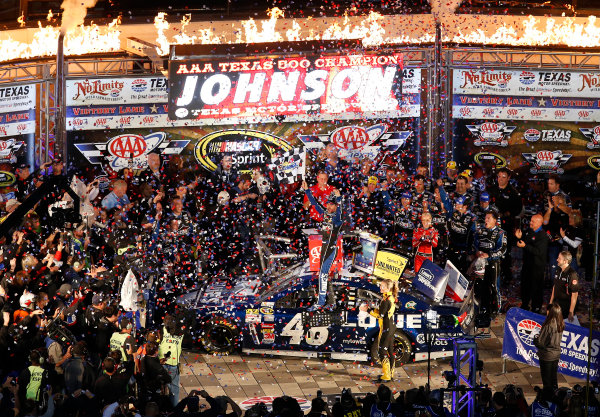 1-3 November, 2013, Fort Worth, Texas, USA Winner Jimmie Johnson celebrates in Victory Lane © 2013, Michael L. Levitt LAT Photo USA