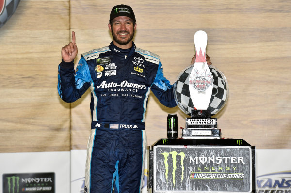 Monster Energy NASCAR Cup Series Go Bowling 400 Kansas Speedway, Kansas City, KS USA Sunday 14 May 2017 Martin Truex Jr, Furniture Row Racing, Auto-Owners Insurance Toyota Camry celebrates his win in Victory Lane World Copyright: Nigel Kinrade LAT Images ref: Digital Image 17KAN1nk09859