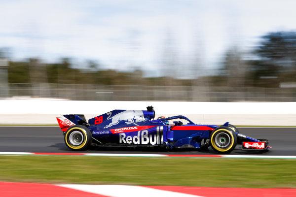 Circuit de Catalunya, Barcelona, Spain. Friday 09 March 2018. Brendon Hartley, Toro Rosso STR13 Honda. World Copyright: Glenn Dunbar/LAT Images ref: Digital Image _31I2544