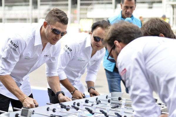 Edoardo Mortara (CHE) Venturi and Felipe Massa (BRA), Venturi play table football against the DS Techeetah drivers
