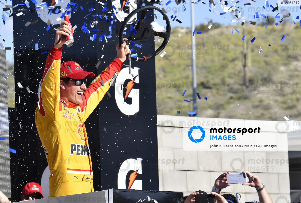 #22: Joey Logano, Team Penske, Ford Mustang Shell Pennzoil, celebrates after winning the FanShield 500.