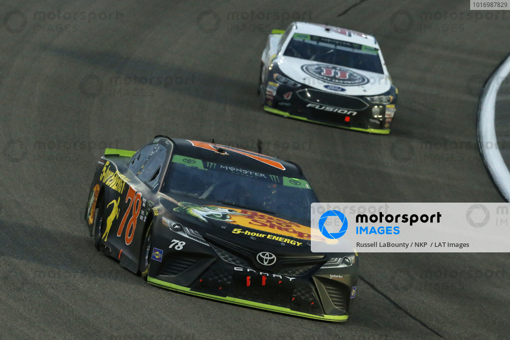 #78: Martin Truex Jr., Furniture Row Racing, Toyota Camry Bass Pro Shops/5-hour ENERGY and #4: Kevin Harvick, Stewart-Haas Racing, Ford Fusion Jimmy John's