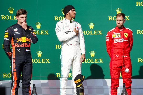 Max Verstappen, Red Bull Racing, Race winner Lewis Hamilton, Mercedes AMG F1 andSebastian Vettel, Ferrari n the podium