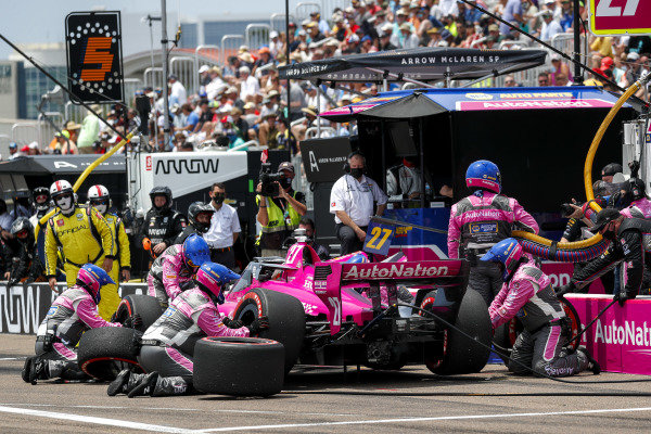 #27: Pit Stop, Alexander Rossi, Andretti Autosport Honda