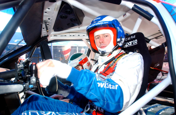 2002 World Rally ChampionshipRally Catalunya, 21st-24th March 2002.Colin McRae preparing for shakedown. His left hand strapped up and an additional gearshifter on the left hand side of the steering column.Photo: Ralph Hardwick/LAT