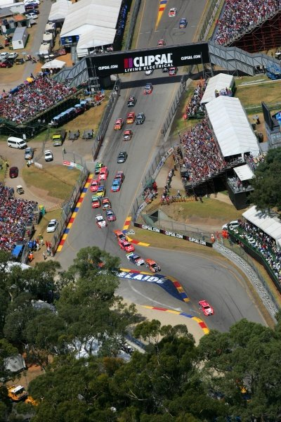 A massive crowd of 87,000 watched the second race of the Clipsal 500 won by Rick Kelly (AUS) Toll HSV Commodore