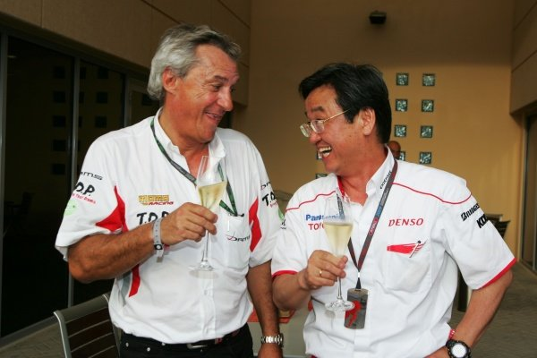 Jean-Paul Driot (FRA) DAMS Team Boss celebrates with Tadashi Yamashina (JPN) Toyota F1 Chairman after Kamui Kobayashi (JPN) DAMS won the GP2 Asia Championship.