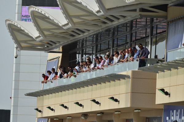 Fans. Formula One World Championship, Rd4, Bahrain Grand Prix, Race Day, Bahrain International Circuit, Sakhir, Bahrain, Sunday 21 April 2013.