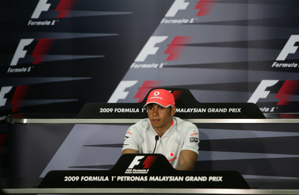 Sepang, Kuala Lumpur, Malaysia 3rd April 2009.  Lewis Hamilton calls a press conference to apologise for his role in misleading the stewards at the Australian GP last weekend. Portrait. World Copyright: Oli Reck/LAT Photographic ref: Digital Image XQ6A9151