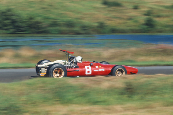 1968 International Gold Cup.  Oulton Park, England. 17th August 1968.  Chris Amon, Ferrari 312, 2nd position.  Ref: 68GC07. World Copyright: LAT Photographic
