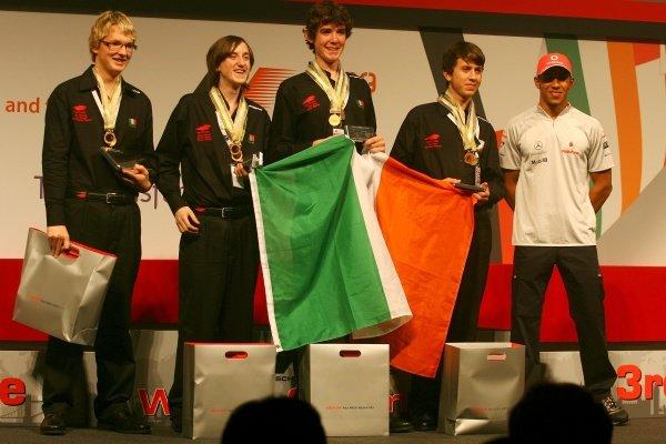 Lewis Hamilton (GBR) with the winning Irish team. F1 in Schools World Championships 2009, London, England, 17 September 2009.