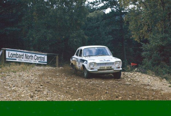 1974 World Rally Championship. Lombard RAC Rally, Great Britain. 16-20 November 1974. Roger Clark/Tony Mason (Ford Escort RS1600), 7th position. World Copyright: LAT Photographic Ref: 35mm transparency 74RALLY04