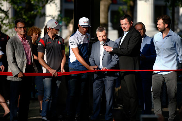 Circuit Gilles Villeneuve, Montreal, Canada. Wednesday 07 June 2017. Romain Grosjean, Haas F1, Lance Stroll, Williams Martini Racing. and Eric Boullier. World Copyright: Andy Hone/LAT Images ref: Digital Image _ONZ1207