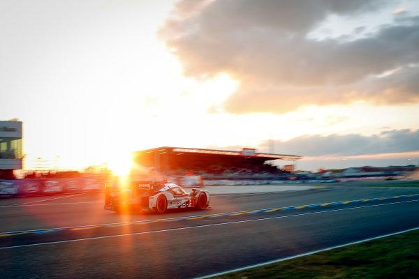 2016 Le Mans 24 Hours. Circuit de la Sarthe, Le Mans, France. Porsche Team / Porsche 919 Hybrid - Timo Bernhard (DEU), Mark Webber (AUS), Brendon Hartley (NZL).   Saturday 18 June 2016 Photo: Adam Warner / LAT ref: Digital Image _L5R5436