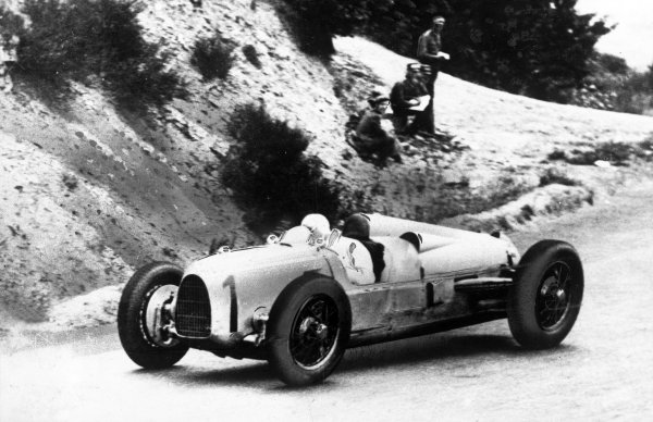Nurburgring, Germany. 15 July 1934.Hans Stuck (Auto Union A), 1st position, action. World Copyright: LAT Photographic.Ref:  34GER01.