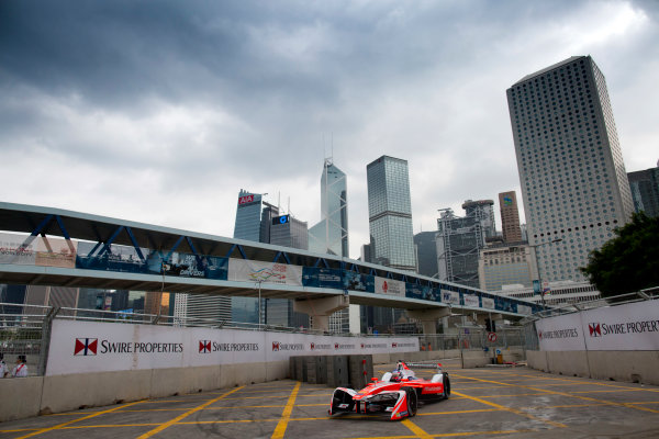 2016/2017 FIA Formula E Championship. Hong Kong ePrix, Hong Kong, China. Saturday 8 October 2016. Nick Heidfeld (GER), Mahindra Racing, Spark-Mahindra, Mahindra M3ELECTRO.  Photo: Alastair Staley/LAT/Formula E ref: Digital Image 580A9223
