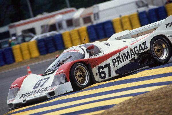 Le Mans, France. 20th - 21st June 1992.Otto Altenbach/Jurgen Lassig/Pierre Yver (Porsche 962C), 10th position, action.  World Copyright: LAT Photographic.Ref:  92LM17