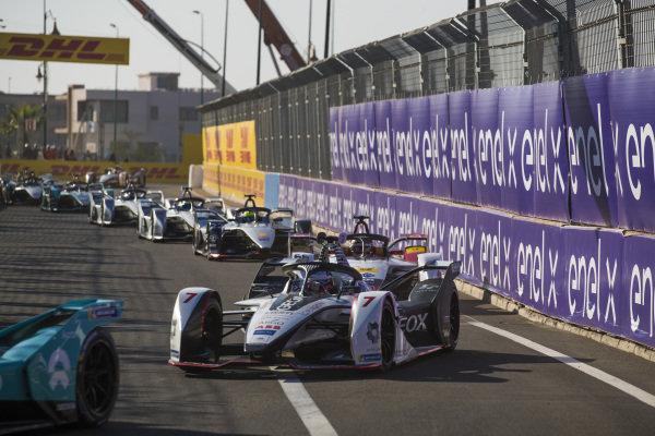 Jose Maria Lopez (ARG), GEOX Dragon Racing, Penske EV-3, leads Daniel Abt (DEU), Audi Sport ABT Schaeffler, Audi e-tron FE05