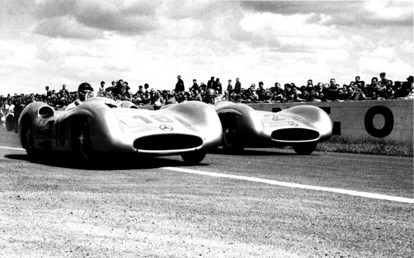 1954 French Grand Prix Reims, 4 July 1954. Juan Manuel Fangio and Karl Kling in the new streamlined Mercedes-Benz W196. World Copyright - LAT Photographic Exhibition ref: a012