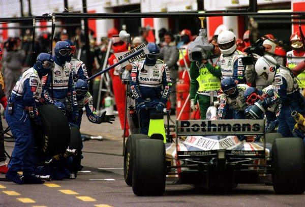 1997 San Marino Grand Prix.Imola, Italy.25-27 April 1997.Jacques Villeneuve (Williams FW19 Renault).World Copyright - LAT Photographic