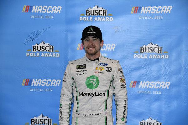 #12: Ryan Blaney, Team Penske, Ford Mustang MoneyLion wins the pole
