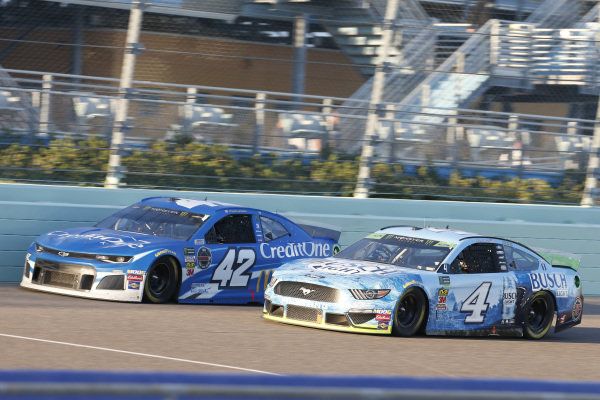 #4: Kevin Harvick, Stewart-Haas Racing, Ford Mustang Busch Light #42: Kyle Larson, Chip Ganassi Racing, Chevrolet Camaro Credit One Bank