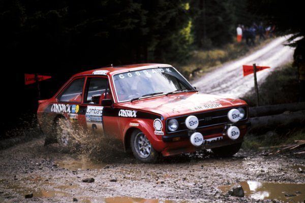 Roger Clark (GBR) with co-driver Tony Mason (GBR) Ford Escort RS1800 finished second.
