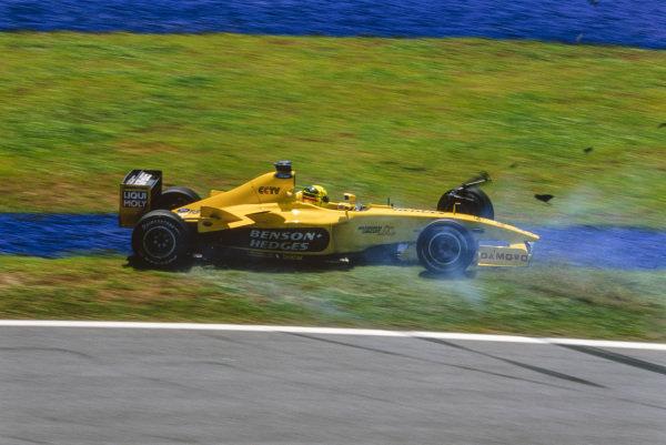 Ralph Firman, Jordan EJ13 Ford, spins off.