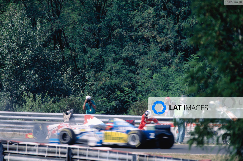 1995 Hungarian Grand Prix, Hungaroring, 11-13th August 1995.Taki Inoue is hit by the F1 Medical Car as it responds to the incident.World Copyright: LAT PhotographicRef: 95 HUN 21