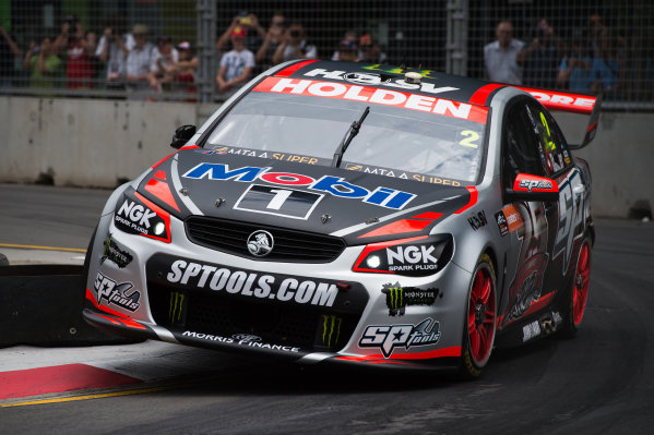 2015 V8 Supercars Round 14. Sydney 500, Sydney Olympic Park, Sydney, Australia. Friday 4th December - Sunday 6th December 2015. Garth Tander drives the #2 Holden Racing Team Holden VF Commodore. World Copyright: Daniel Kalisz/LAT Photographic  Ref: Digital Image V8SCR14_SYDNEY500_DKIMG1199.JPG
