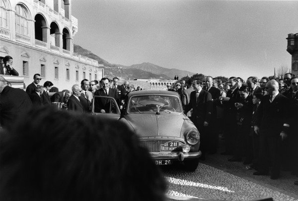 Palace of Monaco, Monte Carlo. 16th - 25th January 1959.Andre Thomas / Jean Delliere (Simca Aronde), 2nd position overall, at the podium cermony, portrait.World Copyright: LAT Photographic.Ref: 8148M - 24/24A.