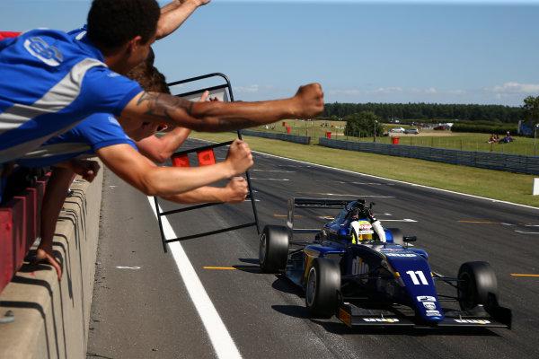 2016 BRDC F3 Championship, Snetterton, Norfolk. 6th - 7th August 2016. Ricky Collard (GBR) Carlin BRDC F3. World Copyright: Ebrey / LAT Photographic.