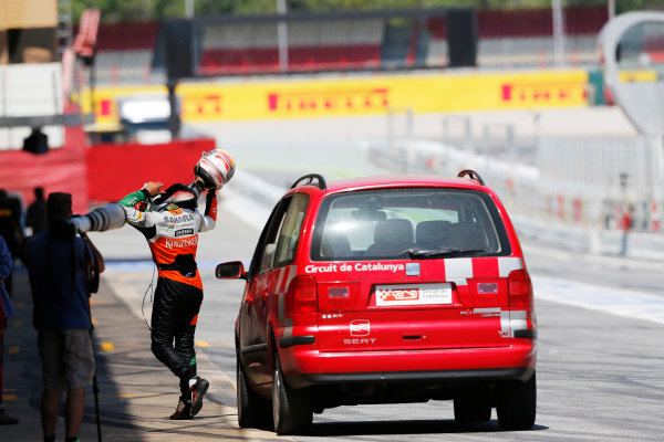 Circuit de Catalunya, Barcelona, Spain. Wednesday 14 May 2014. Daniel Juncadella, Test Driver, Force India, arrives back at the pits. World Copyright: Sam Bloxham/LAT Photographic. ref: Digital Image _SBL0322