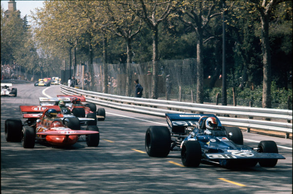 Montjuich Park, Barcelona, Spain. 16-18 April 1971.Francois Cevert (Tyrrell 002 Ford) 7th position, leads Ronnie Peterson (March 711-Ford), retired, action. World Copyright: LAT Photographic.Ref:  71ESP