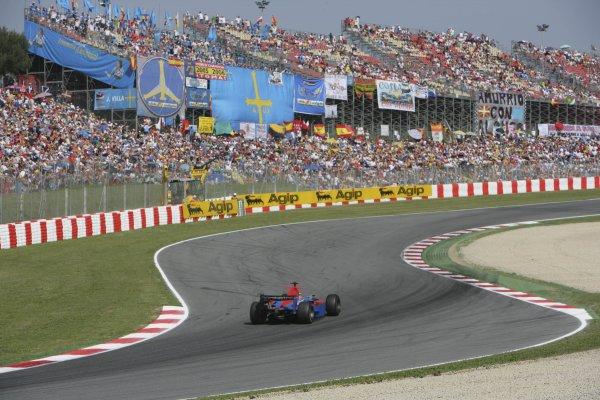 2007 GP2 Series. Round 2. Sunday RaceBarcelona, Spain. 13th May 2007. Timo Glock (GER, iSport International). Action. World Copyright: Andrew Ferraro/GP2 Series Media Sevice  ref: Digital Image ZP9O7109