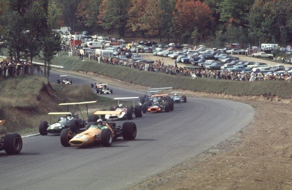 1968 Canadian Grand Prix.Mont-Tremblant, (St. Jovite), Quebec, Canada.20-22 September 1968.Bruce McLaren (McLaren M7A Ford) leads Jack Brabham (Brabham BT26 Repco), John Surtees (Honda RA301) and Pedro Rodriguez (BRM P133). McLaren and Rodriguez finished in 2nd and 3rd positions respectively.Ref-68 CAN 18.World Copyright - LAT Photographic