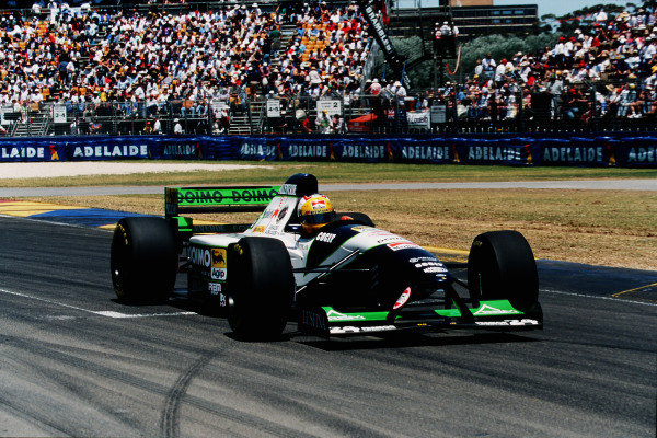 1995 Australian Grand Prix. Adelaide, Australia. 10-12 November 1995. Luca Badoer (Minardi M195 Ford). He did not start the race after his electrics failed on the dummy grid.  Ref-95 AUS 25. World Copyright - LAT Photographic