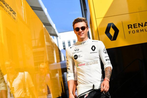 Artem Markelov (RUS) Renault Sport F1 Team .