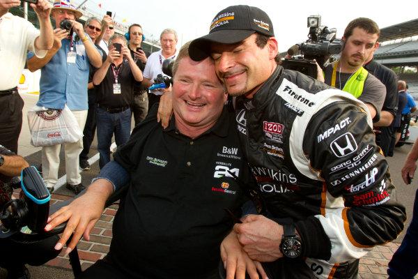 Pole winner Alex Tagliani, Sam Schmidt Motorsports celebrates with team owner Sam Schmidt