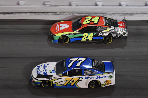 #23: Bubba Wallace, 23XI Racing, Toyota Camry #22: Joey Logano, Team Penske, Ford Mustang Shell Pennzoil