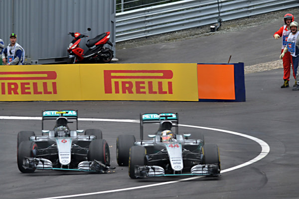 Nico Rosberg (GER) Mercedes-Benz F1 W07 Hybrid and Lewis Hamilton (GBR) Mercedes-Benz F1 W07 Hybrid collide on the last lap at Formula One World Championship, Rd9, Austrian Grand Prix, Race, Spielberg, Austria, Sunday 3 July 2016.