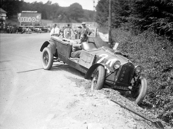 Hertzberger / Guillaume, Lancia, runs off the road.