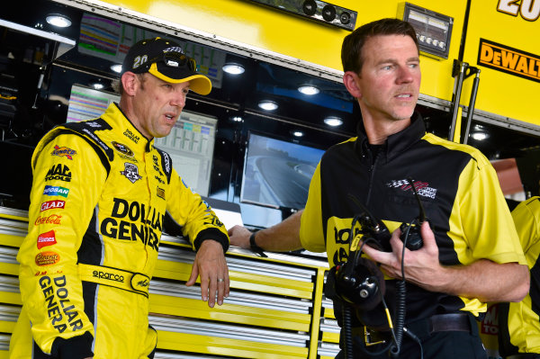 9-10 September, 2016, Richmond, Virginia USA Matt Kenseth, Dollar General Toyota Camry and Jason Ratcliff ? 2016, Nigel Kinrade LAT Photo USA