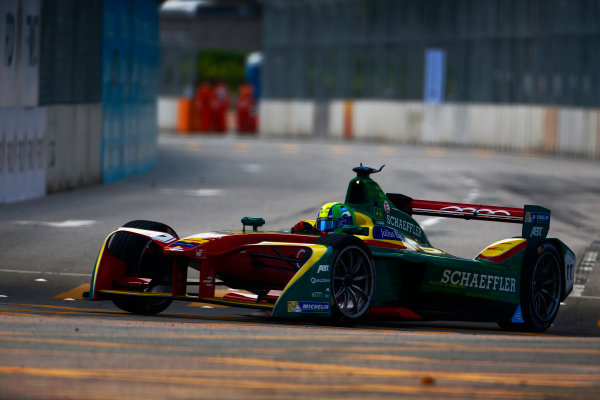 Suzuka Circuit, Japan. Sunday 09 October 2016. Lucas di Grassi (11, ABT Schaeffler Audi Sport) World Copyright: Zak Mauger/LAT Photographic ref: Digital Image _L0U0919