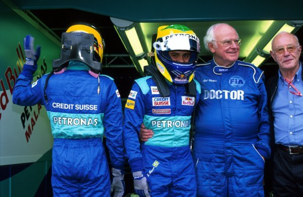 (L to R): Sauber drivers Nick Heidfeld (GER) and Felipe Massa's (BRA) used HANS devices in a race meeting for the first time, as approved by FIA Doctor Sid Watkins (GBR). 