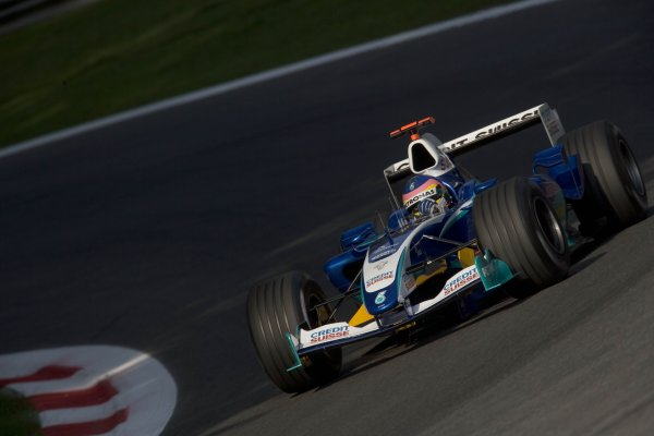 2005 Italian Grand Prix Ð Saturday Qualifying,Monza, Italy.3rd  September 2005Jacques Villeneuve, Sauber Petronas C24, Action. World Copyright: Steven Tee/LAT Photographic ref:Digital Image Only 48 mb file