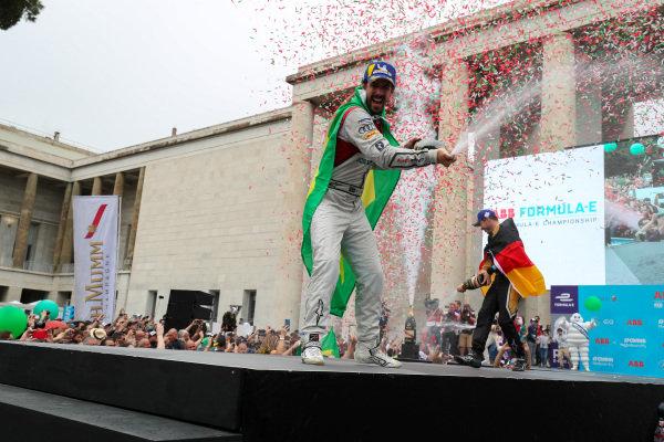 Lucas Di Grassi (BRA), Audi Sport ABT Schaeffler, Audi e-tron FE04, places 2nd.