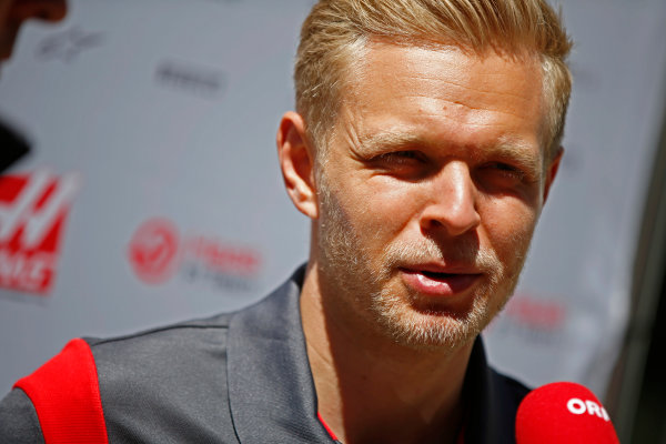 Sochi Autodrom, Sochi, Russia. Thursday 27 April 2017. Kevin Magnussen, Haas F1.  World Copyright: Andy Hone/LAT Images ref: Digital Image _ONY8902