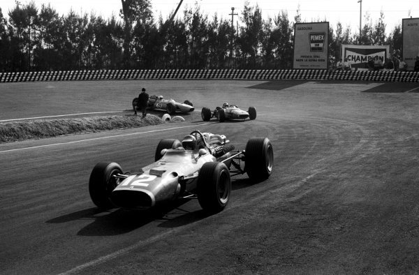 Jonathan Williams (GBR) Ferrari 312 finished eighth in his first and only GP appearance. Mexican Grand Prix, Mexico City, 22 October 1967.
